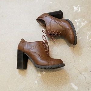 Dolce by Mojo Moxy Brown Oxford Booties